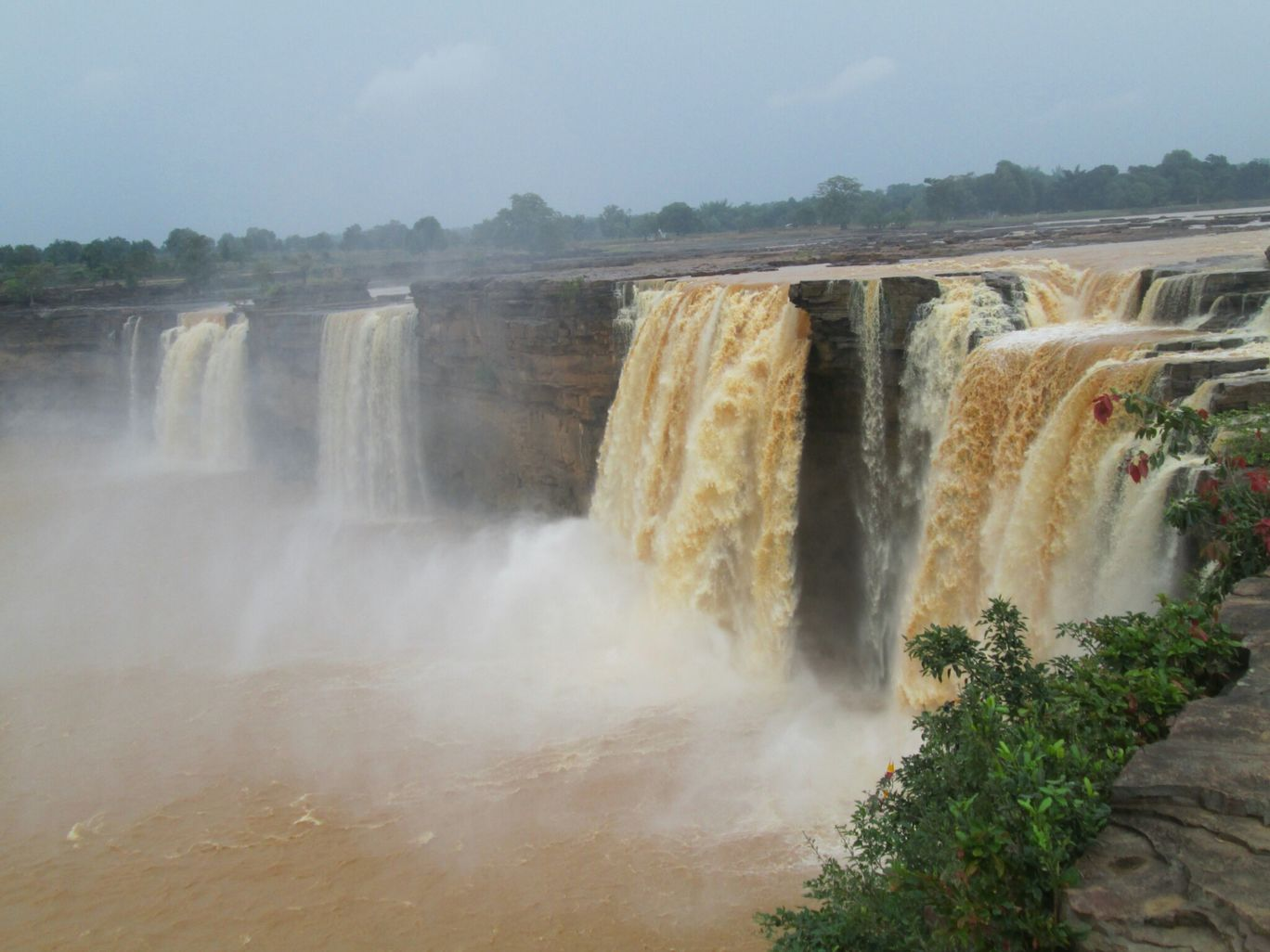 Photo of Chitrakoot Falls By Dona Paul