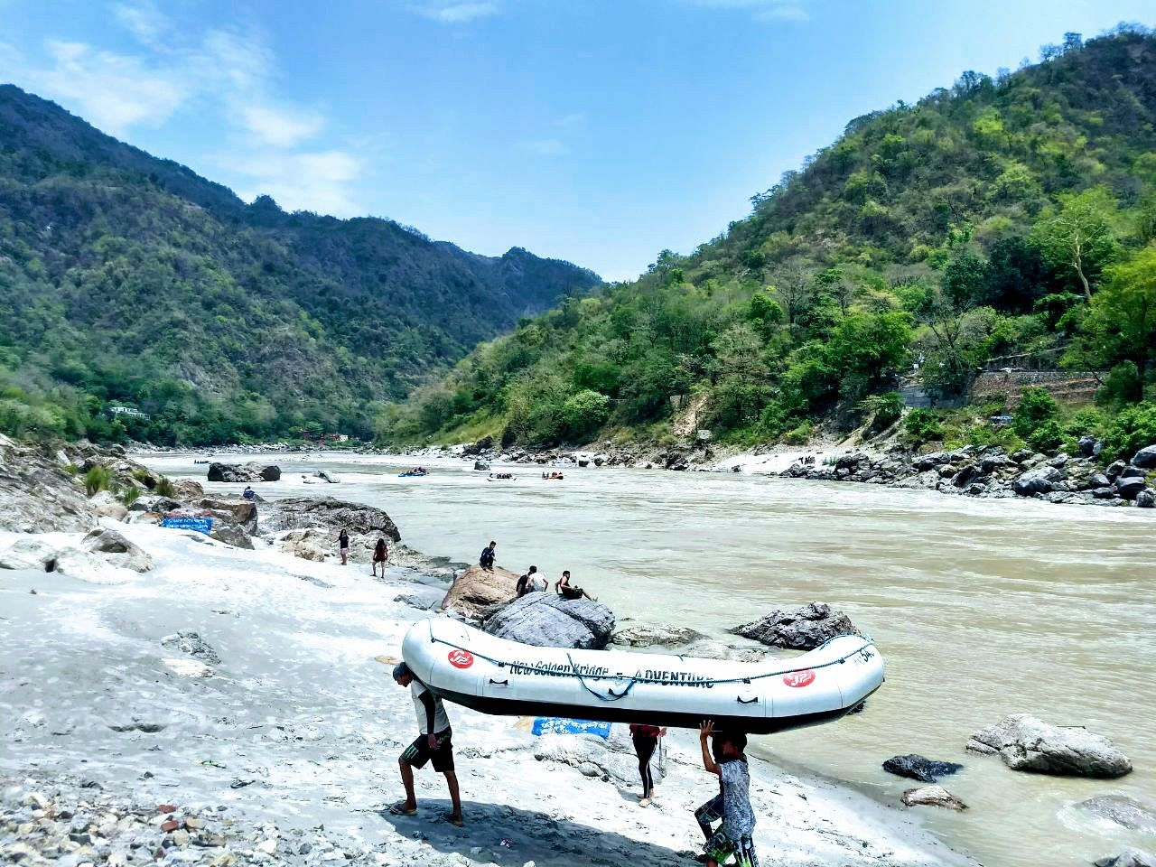 Photo of Rishikesh By Karan Garg