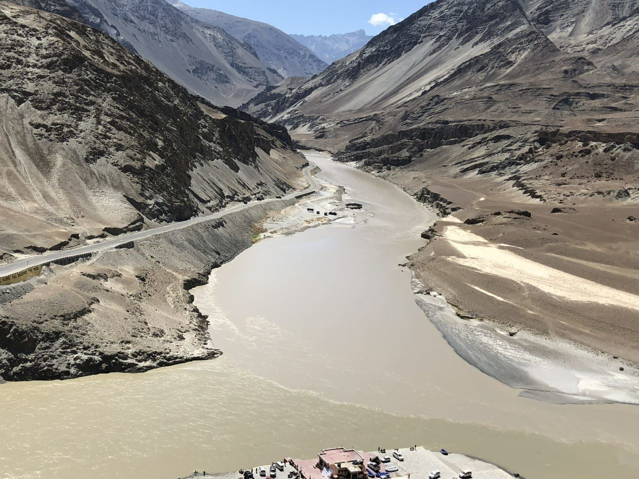 Photo of Zanskar Valley Road By Vaishali Suraj Mehrotra
