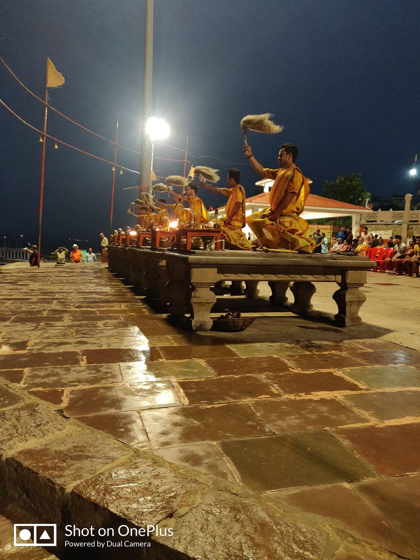 Photo of Varanasi By Ilene Mary Minj
