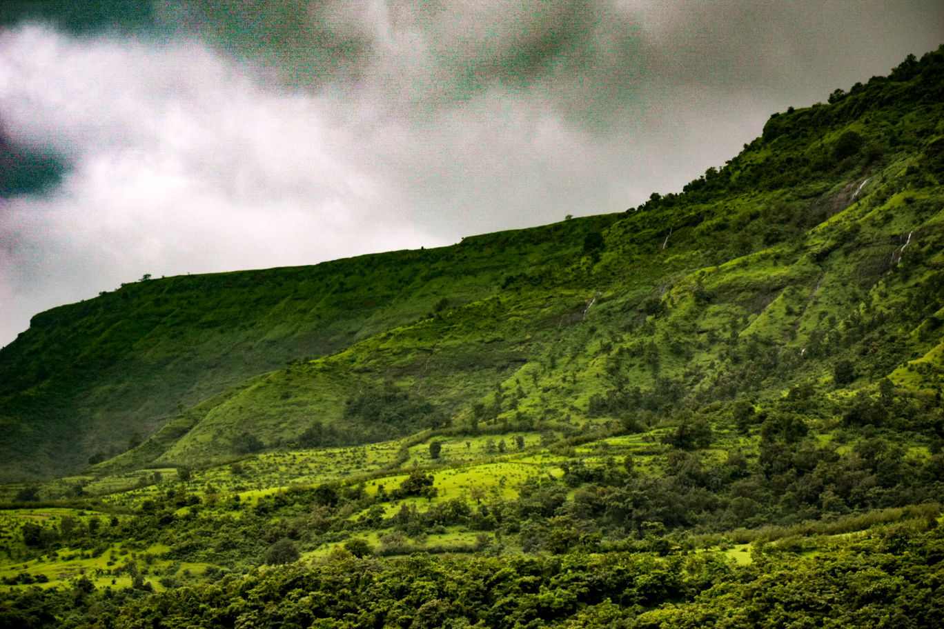 Photo of Matheran Hill Station By Sahaj Kumar