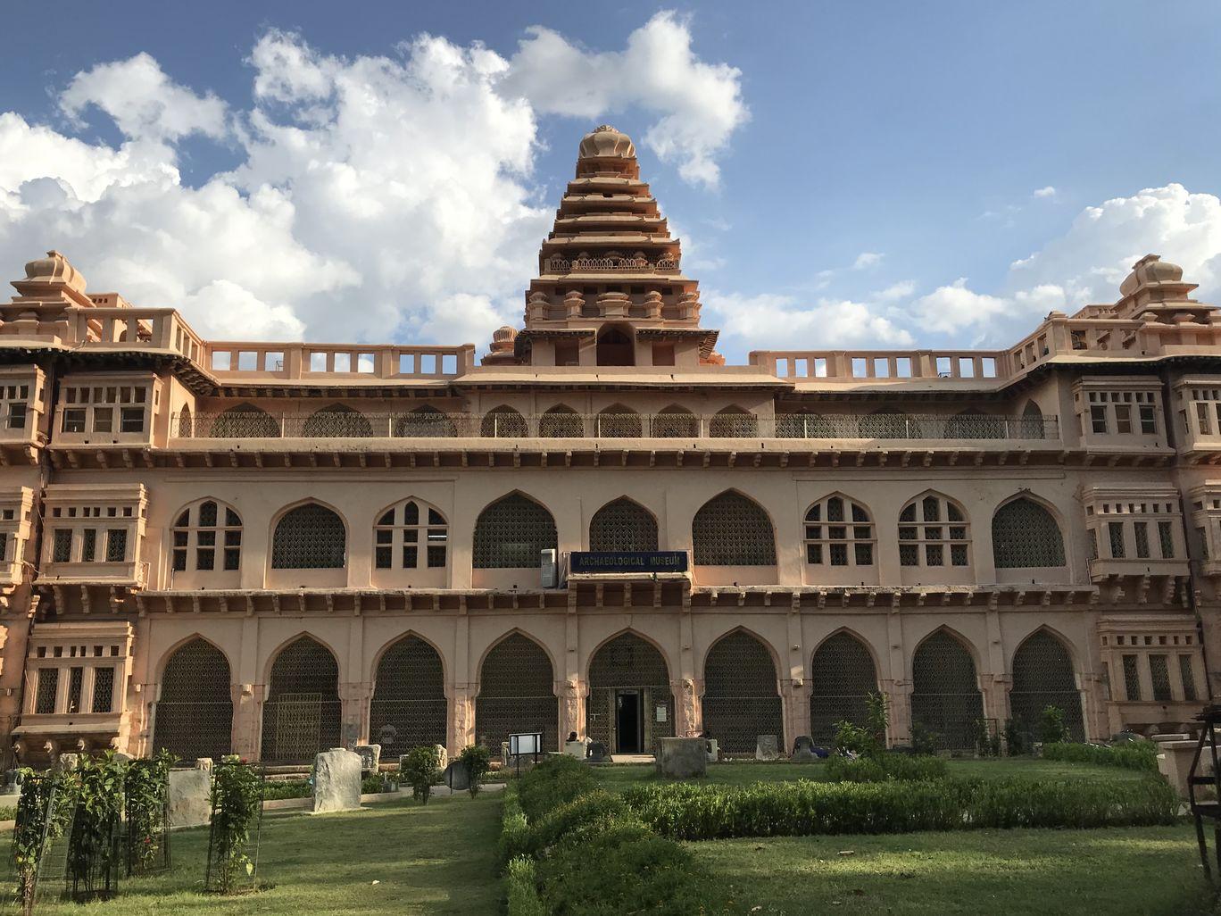 Photo of Chandragiri Fort By Dr Chandrasekhar Vallepalli