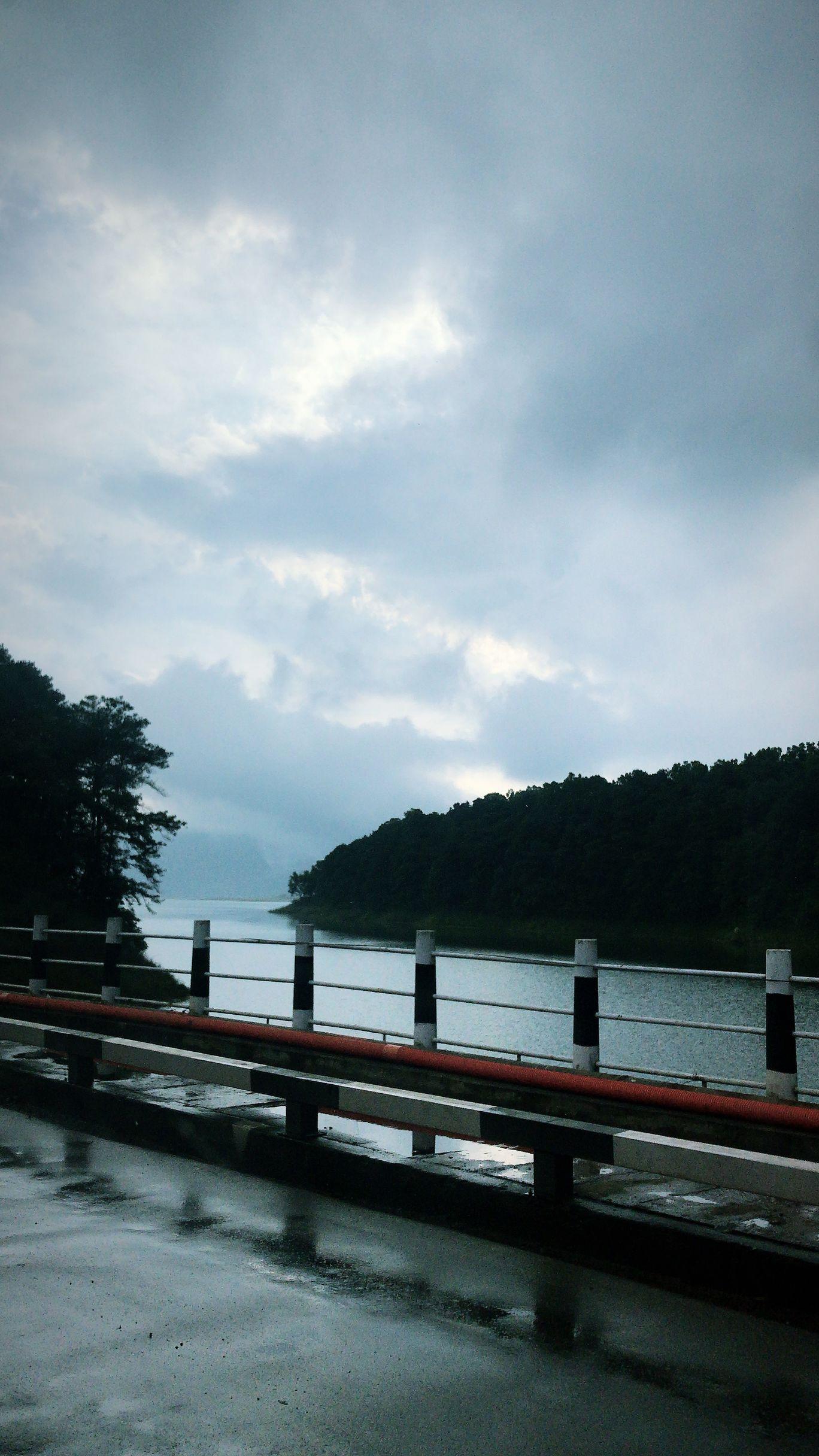 Photo of Umiam Lake By Devyani Sarma