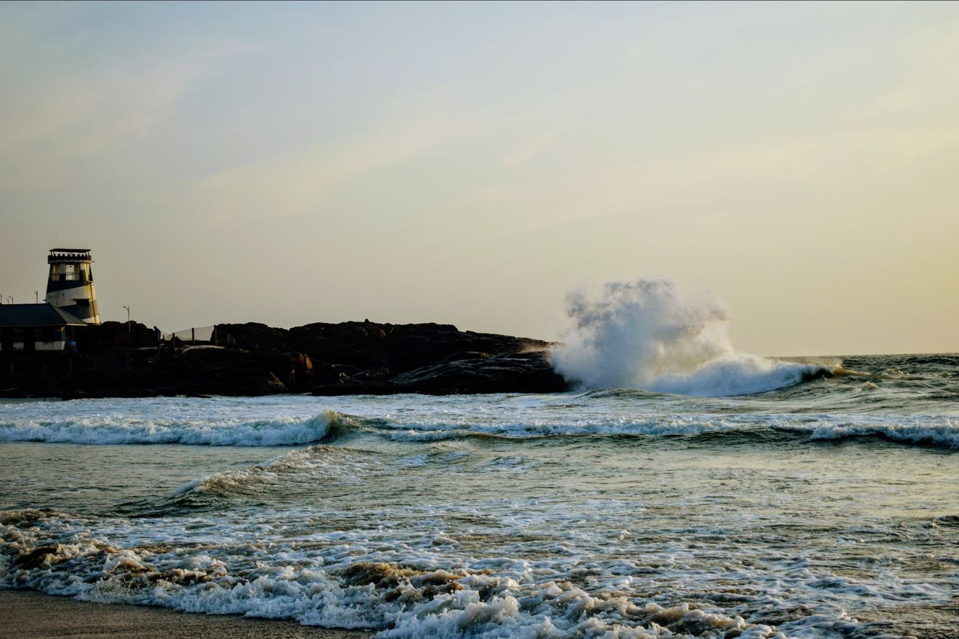 Photo of Kovalam Beach By Akash Ahuja