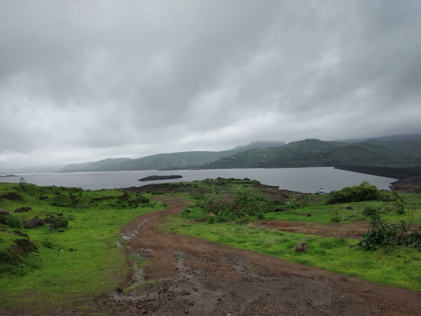 Photo of Lonavala By Nehal Dedhia