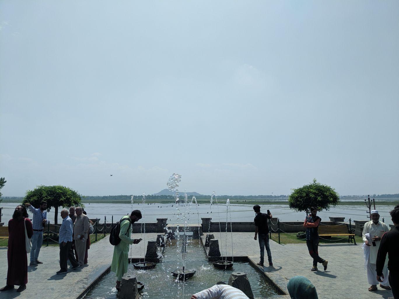 Photo of Dal Lake By Ankit Joshi