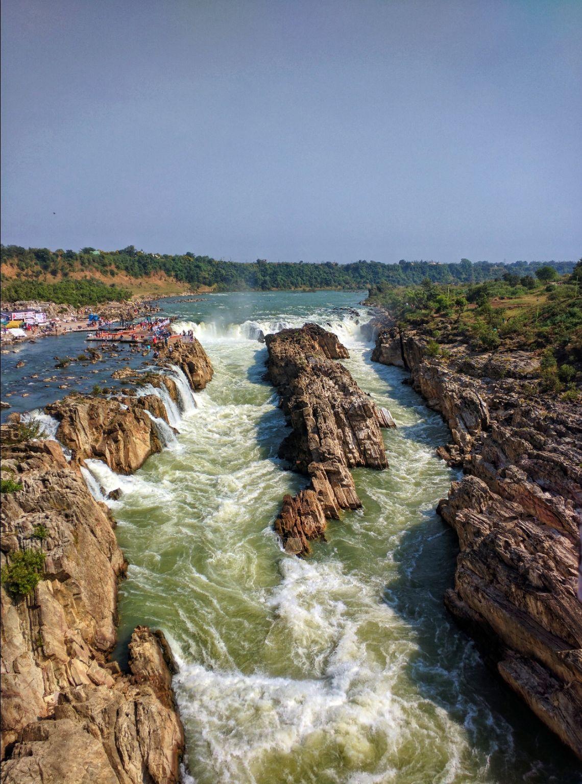Photo of Dhuandhar Water Fall By Rashmi Badami