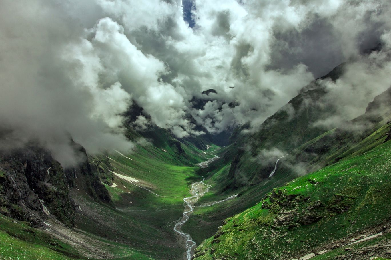Photo of Rupin Pass By Harshit Chawla