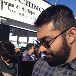 Aneesh Sheth Travel Blogger