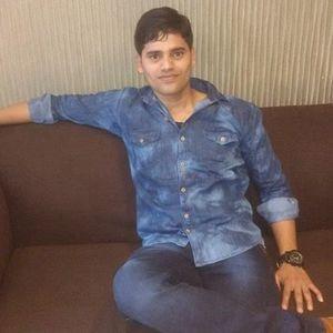 Nitin Chauhan Travel Blogger