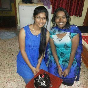 Bhavya Pes Travel Blogger