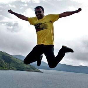 Anirudha Chatterjee Travel Blogger