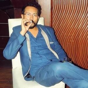 Arif Khan Travel Blogger