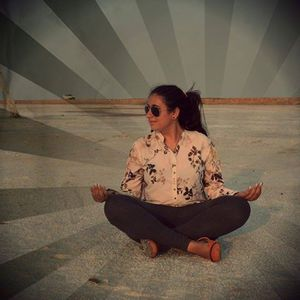 Lavina Galani Travel Blogger