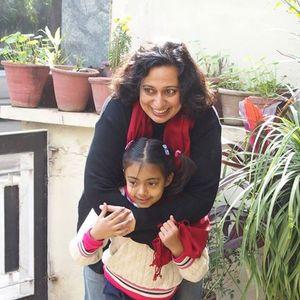 Rosa Basanti Travel Blogger