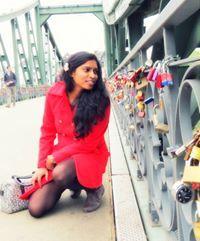Div Nawale Travel Blogger