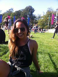 Gina Ravuth Travel Blogger