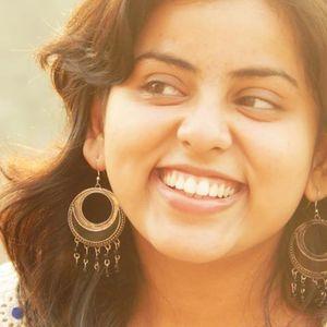 Akriti Kumar Travel Blogger