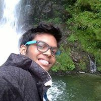 Piyush Punewar Travel Blogger