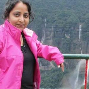 Sonali Baadkar Travel Blogger