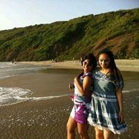 Chani Jain Travel Blogger