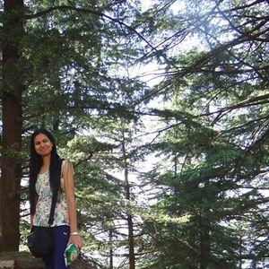 Anisha Choudhary Travel Blogger
