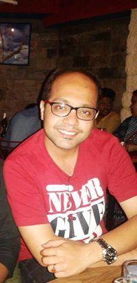 Navojit Mukherjee Travel Blogger