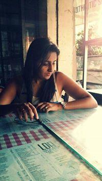 Neha Lakhani Travel Blogger