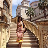 Parul Chopra Travel Blogger