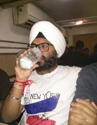 Maninder Bamrah Travel Blogger