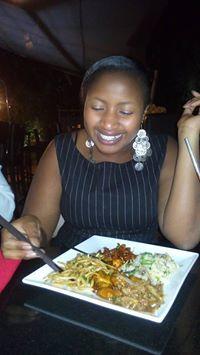 Caroline Shiru Travel Blogger