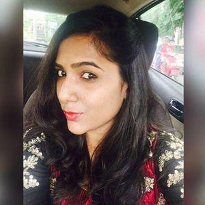 Shikha Bansal Travel Blogger