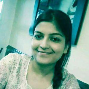 Soumi Mukherjee Travel Blogger