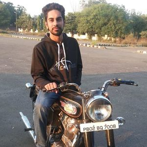 Inder Buttar Travel Blogger