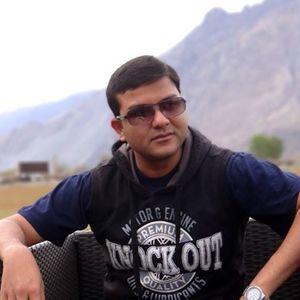 Prateek Awasthi Travel Blogger