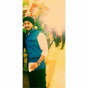 RickY Singh Travel Blogger