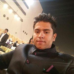 Aashish Thakkar Travel Blogger