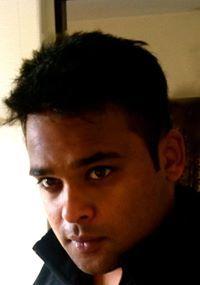 Shashi Chiron Travel Blogger