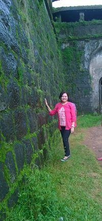 Niharika Bora Travel Blogger