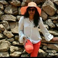 Niha Mohan Travel Blogger