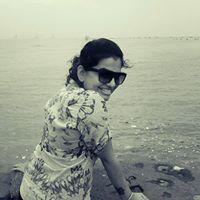 Madhuri Dheervani Travel Blogger