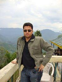 Duke Das Travel Blogger