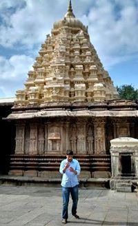 Manjeet Kanaud Travel Blogger