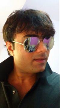 Mihir Thakkar Travel Blogger