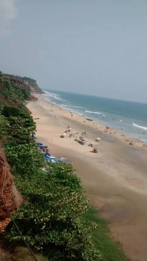 Varkala: The beach by the Cliff
