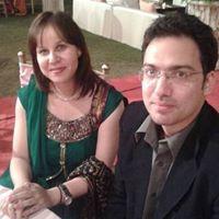 Shradha Dhar Travel Blogger