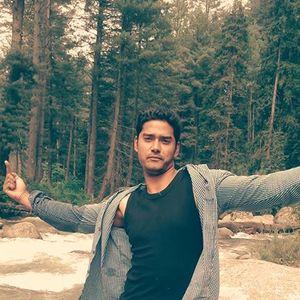 Kamal Safaya Travel Blogger