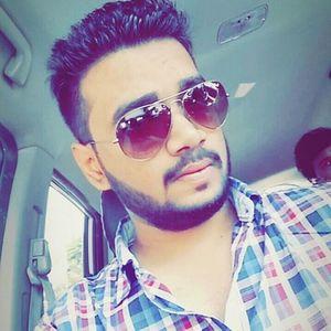 Miraj Walekar Travel Blogger