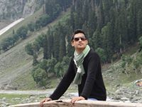 Poojan Shah Travel Blogger