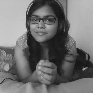 Akanksha Saxena Travel Blogger